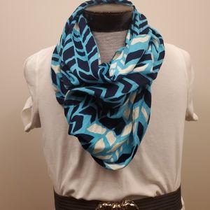 Coldwater Creek infinity scarf tribal Chevron